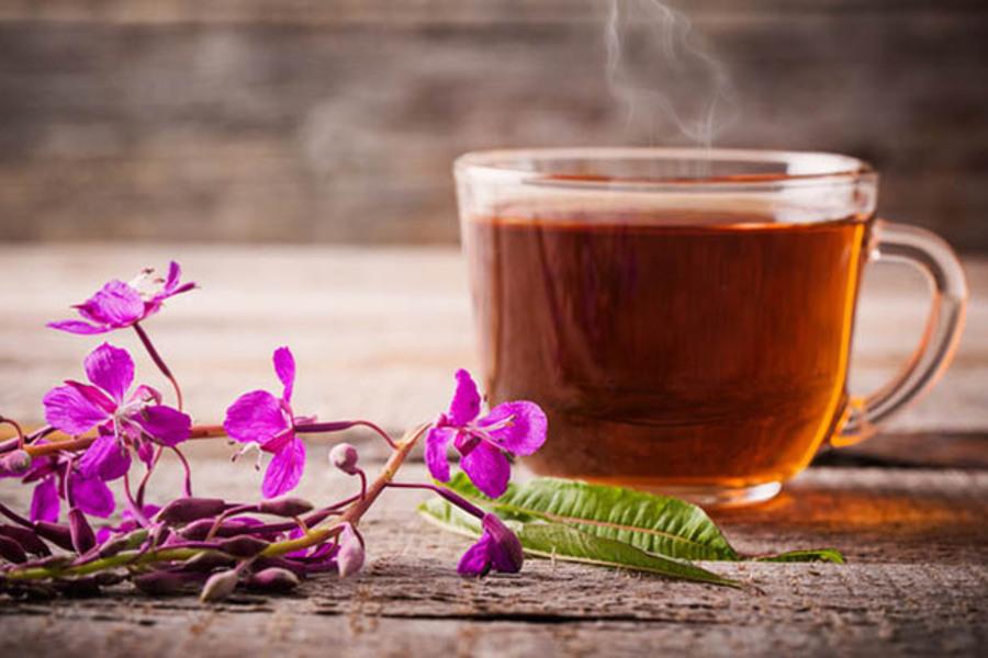 Чайный напиток из иван-чая