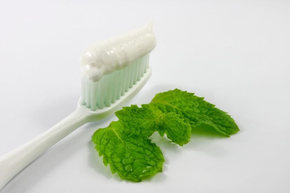 Зубная паста с мятой