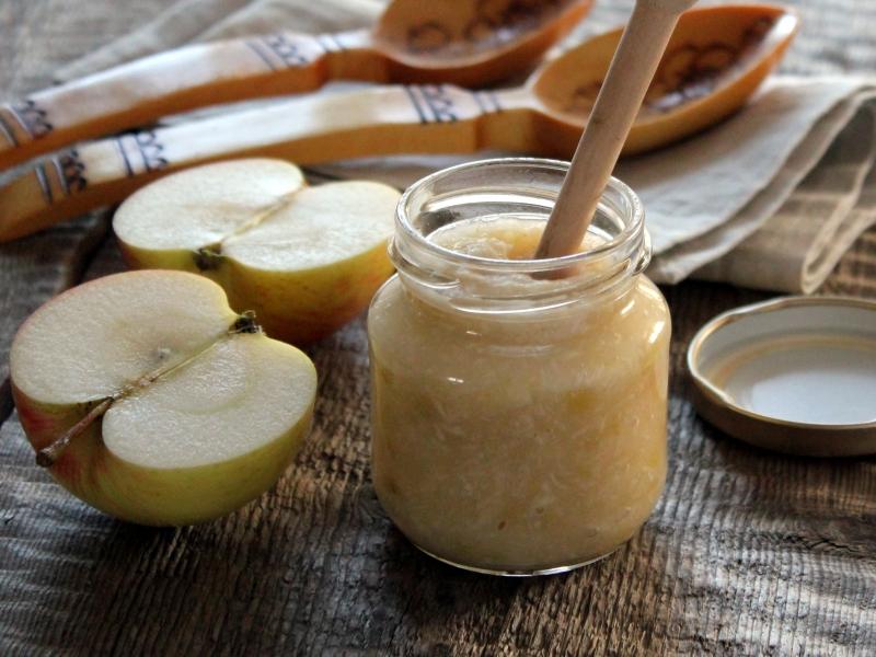 Маринованный хрен с яблоками