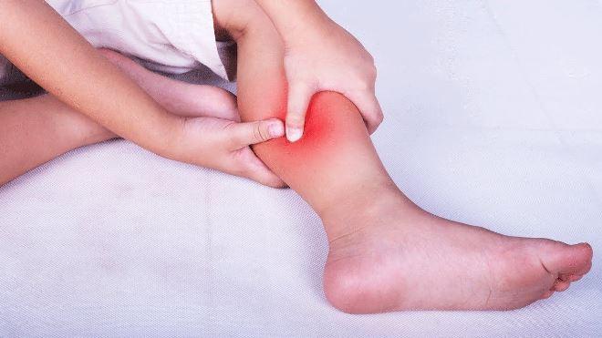 Что помогает от судорог в ногах